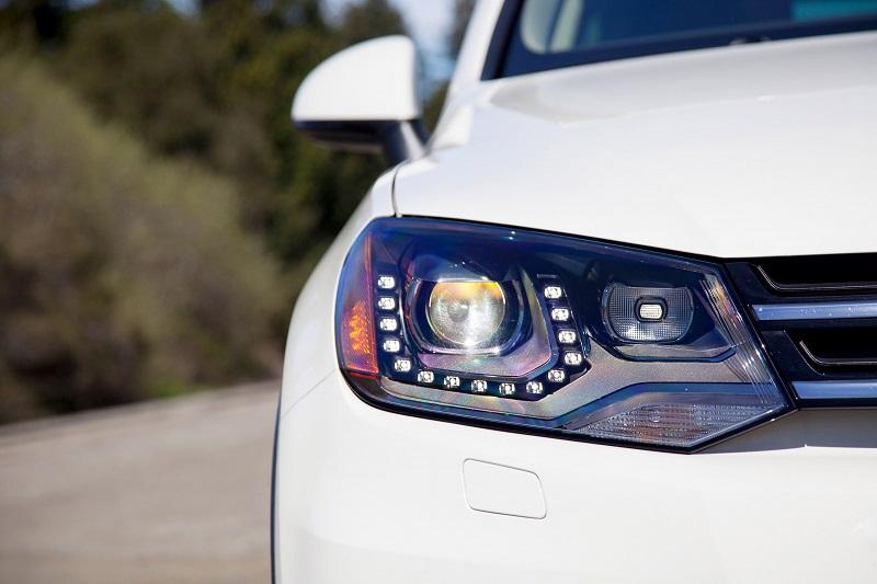 độ đèn cho xe oto